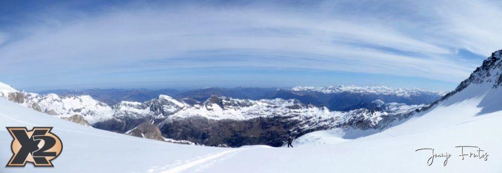 Panorama 2 1 1024x353 - Maladeta con nieve polvo.